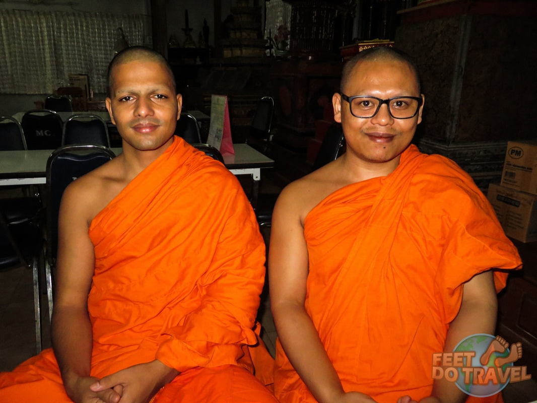 Monk Chat, Interview with a Buddhist Monk, Chiang Mai, Thailand, It's a Monk's Life, unusual and unique things to do in Chiang Mai, Monk Chat at Wat Suan Dok, how to join Monk Chat, Chiang Mai, Feet Do Travel