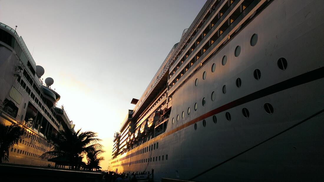 A guide to first time cruising, cruise ships, cruise travel, cruise destination, long or short cruise, Feet Do Travel